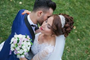 5 Tips for a 2018 Wedding Hairstyle that is Timeless